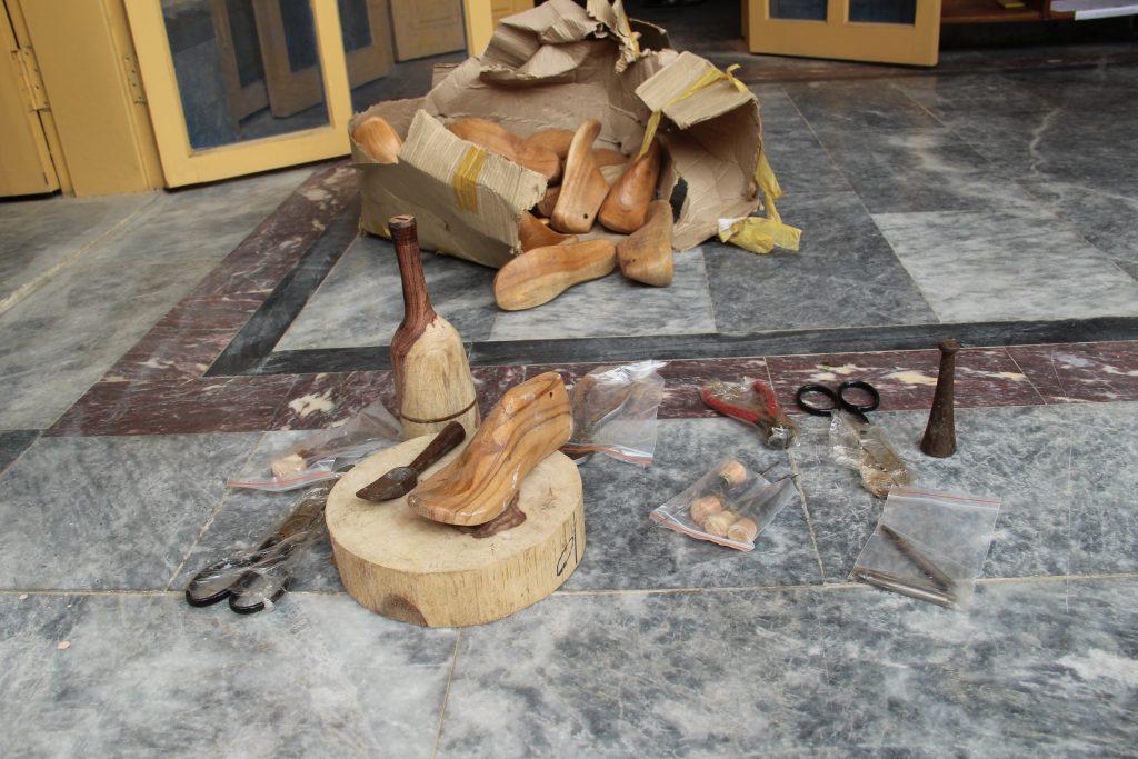 shoemaking instruments